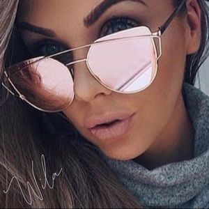 BESTSELLER 💕 rosegold mirrored sunglasses pink